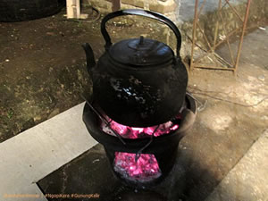 Ceret penjerang air untuk menyeduh kopi di #NgopiKere.